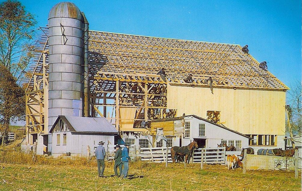 barn-raising-in-pennsylvania